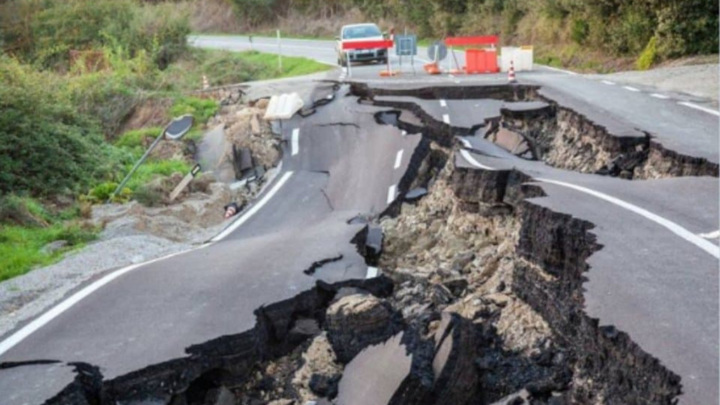 В Новой Зеландии объявлена эвакуация после очередного подземного толчка