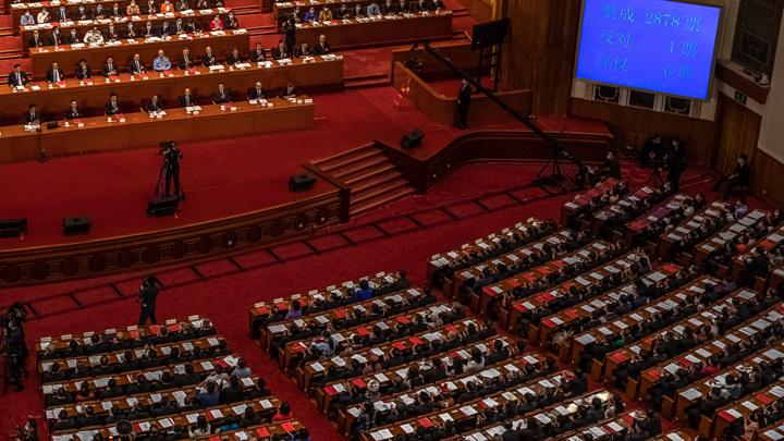 Китай изменит механизм выборов главы Гонконга
