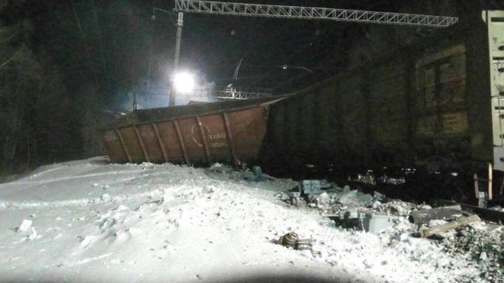 В Забайкалье частично восстановлено движение после схода с рельсов вагонов с углем