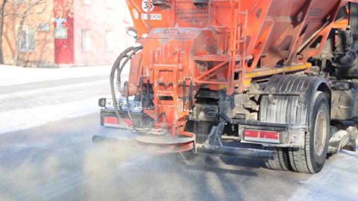 Амурская первоклассница, попавшая под колеса спецтехники, остается в реанимации
