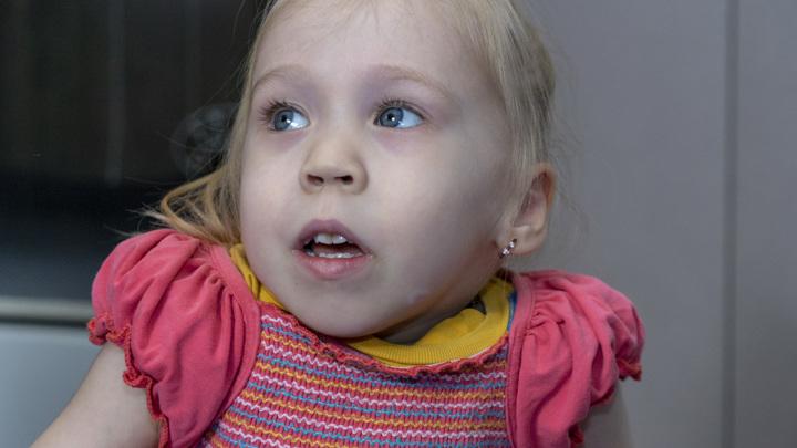 Нужна помощь: Машу Журавлеву спасет операция на позвоночнике