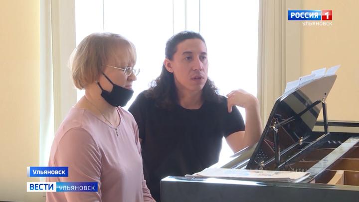 Дирижер Большого театра встретился со студентами ульяновского музучилища