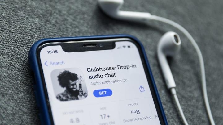 Clubhouse начал закрытое тестирование Android-версии