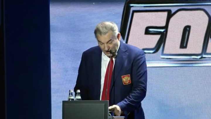 Российские хоккеисты выступят на ЧМ под флагом ОКР и с гимном IIHF