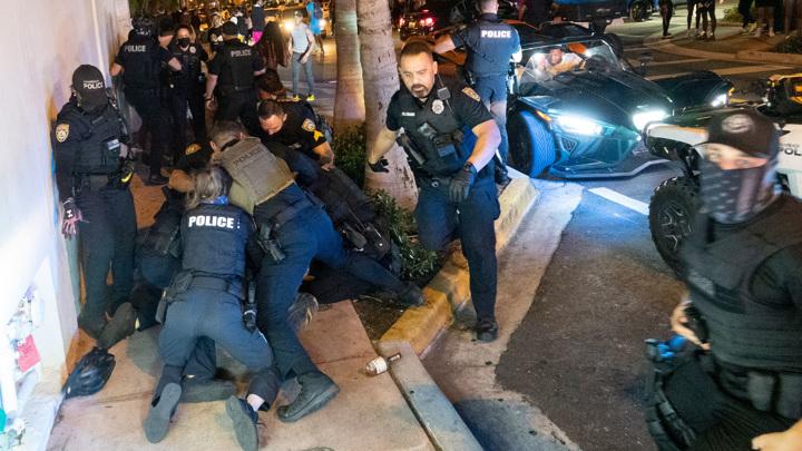 Расстрелы в США: обыденность и национальный позор