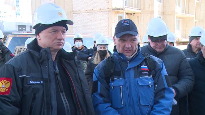 """Марат Хуснуллин и Дмитрий Рогозин осмотрели объекты космодрома """"Восточный"""""""