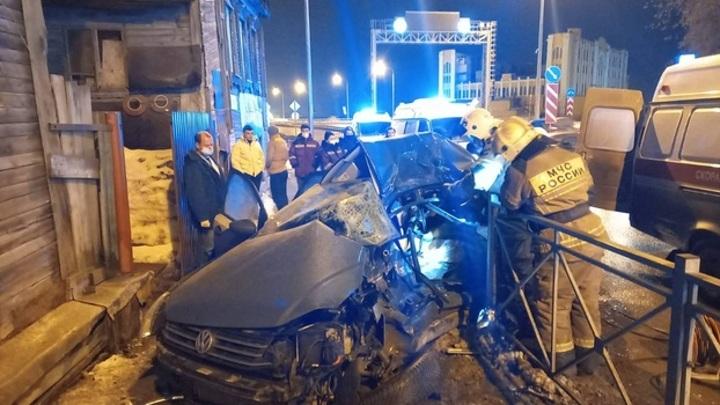 Появились новые фотографии смертельного ДТП со скорой в Самаре