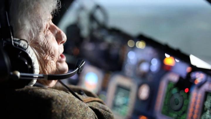 Стальная бабушка: 99-летняя участница Курской битвы стала штурманом Су-34