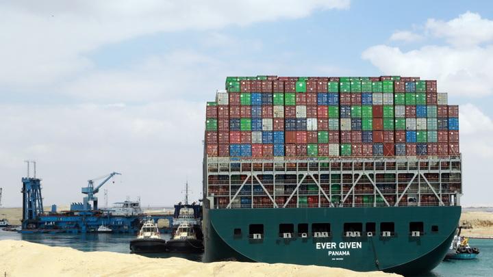 МИД: авария в Суэцком канале подчеркнула важность Северного морского пути