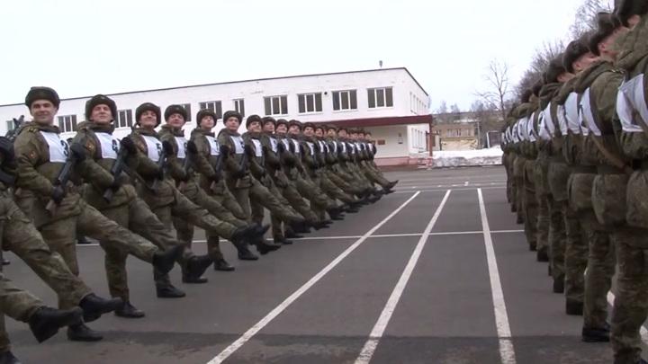 Движение в центре Москвы завтра ограничат из-за подготовки ко Дню Победы