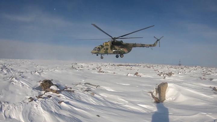 Вертолетчики спасли сбитых пилотов в горах Алтая. Видео