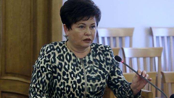 В Барнауле задержана представитель губернатора в Заксобрании