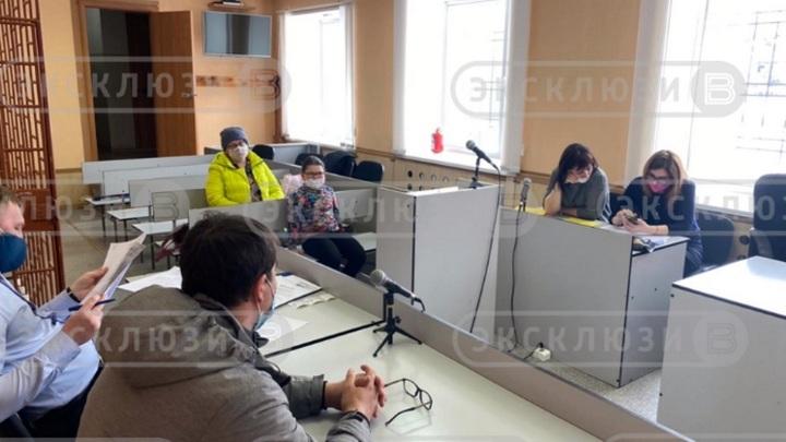 Новосибирский суд освободил  6-летнюю девочку от коммунального долга умершей мамы