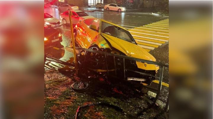 В Сочи водитель разбил арендованный Lamborghini