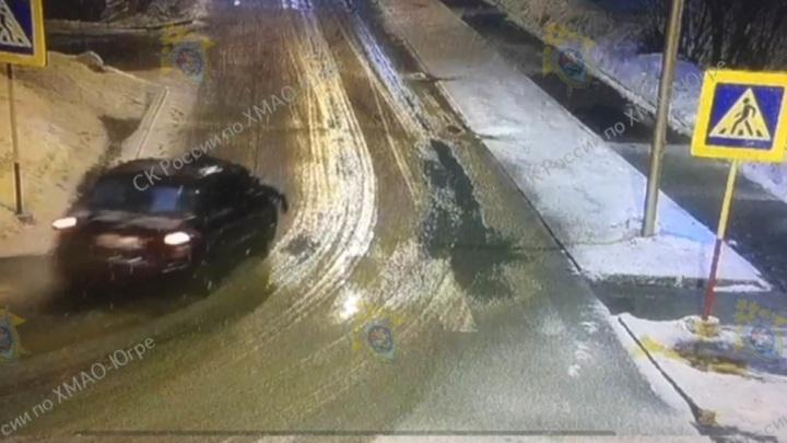 Пьяный водитель без прав несколько минут катал инспектора ДПС на капоте