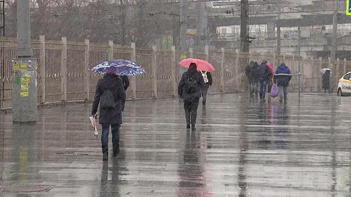Москву терзает барическая пила: что советуют врачи