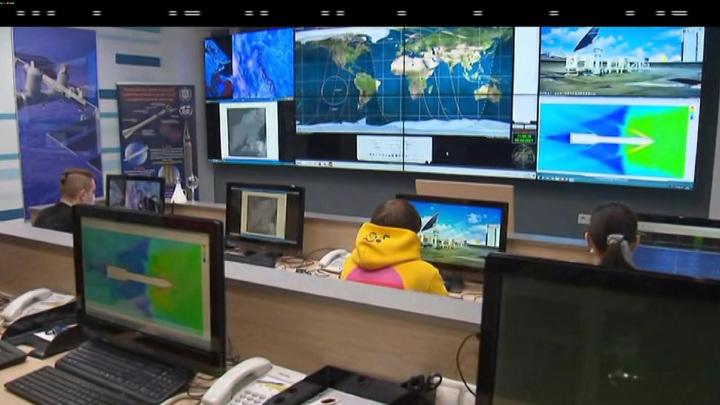 """Космонавты на борту МКС пожаловались на жару в российском модуле """"Звезда"""""""