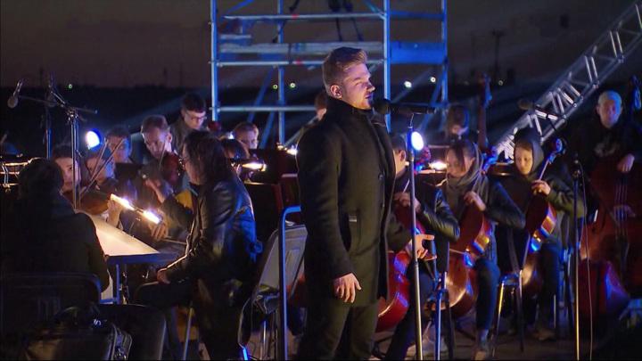 Осталось несколько часов до трансляции концерта на космодроме Байконур