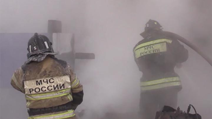 Три человека, включая ребенка, погибли в сгоревшем доме в Читинском районе