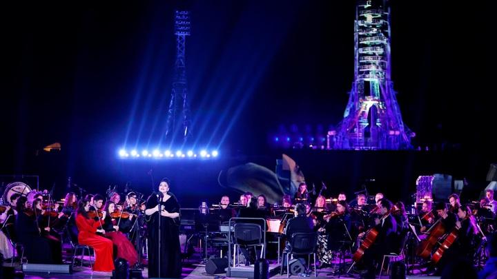 """На Байконуре состоялся праздничный концерт """"Юбилей полета человека в космос"""""""
