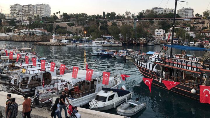 Турция ужесточила правила пребывания туристов