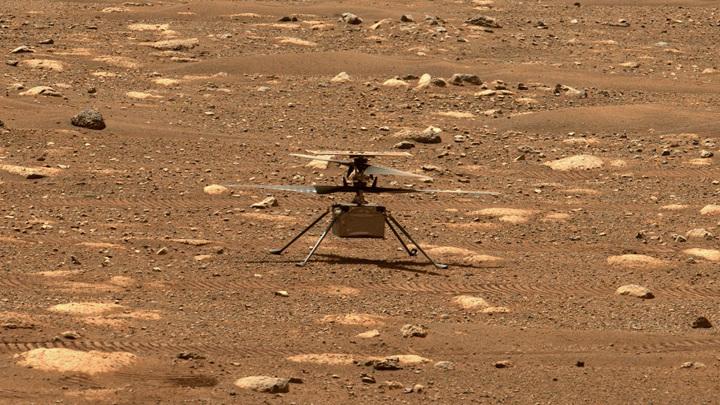 Ingenuity стал первым вертолётом, взлетевшим с поверхности другой планеты.
