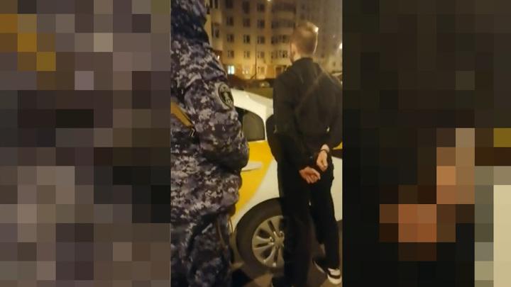 Житель Хабаровска угнал в Москве такси и уснул