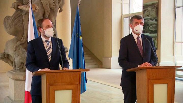 Чехия определилась с численностью российских дипломатов в Праге