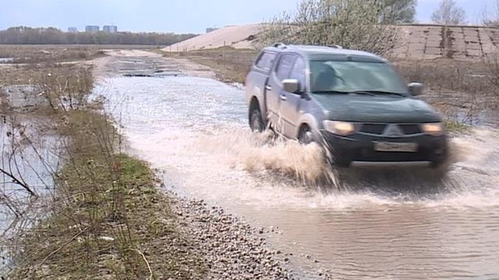 Вода отступает: река Ока сдает свои позиции