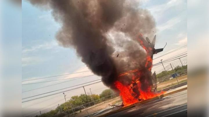 Пилот погиб при крушении вертолета в Мексике