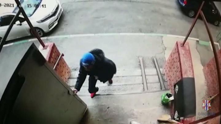 Омские полицейские раскрыли преступление за 30 минут