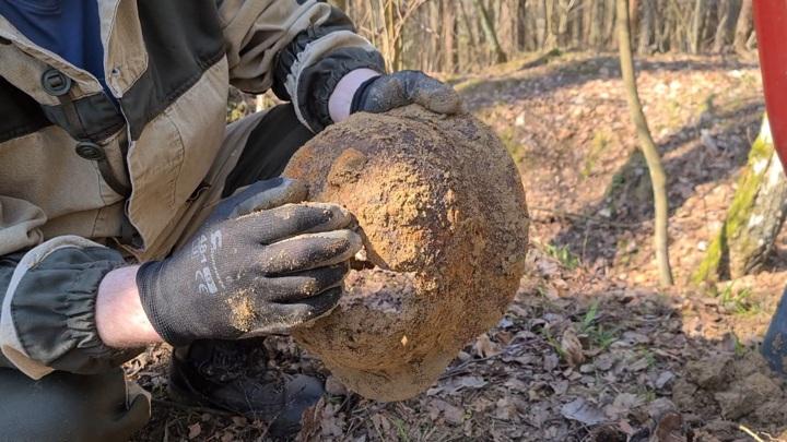 Калининградские поисковики нашли останки и вещи 16 красноармейцев
