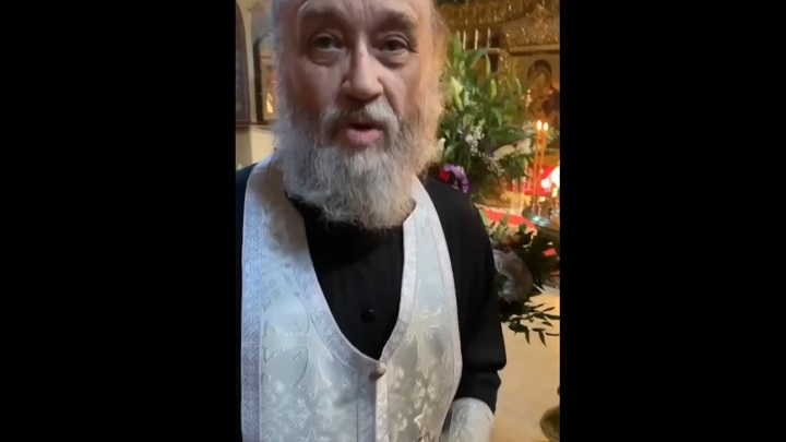 Посетитель московского храма снял нападение священника