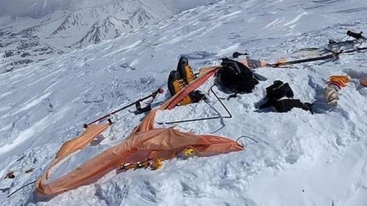 На Эльбрусе нашли тела двух пропавших альпинистов