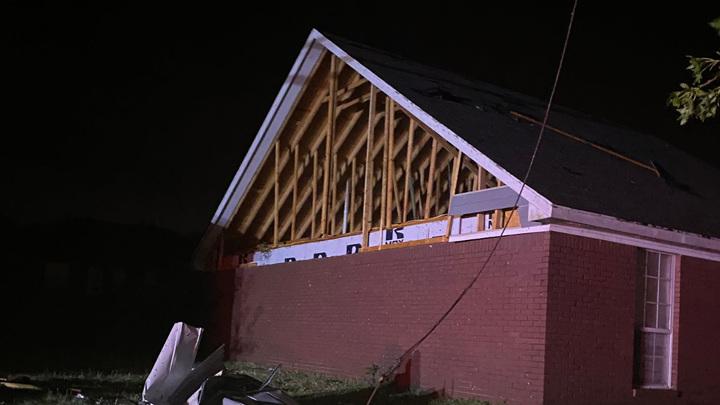 Торнадо устроил погром в родном городе Элвиса Пресли