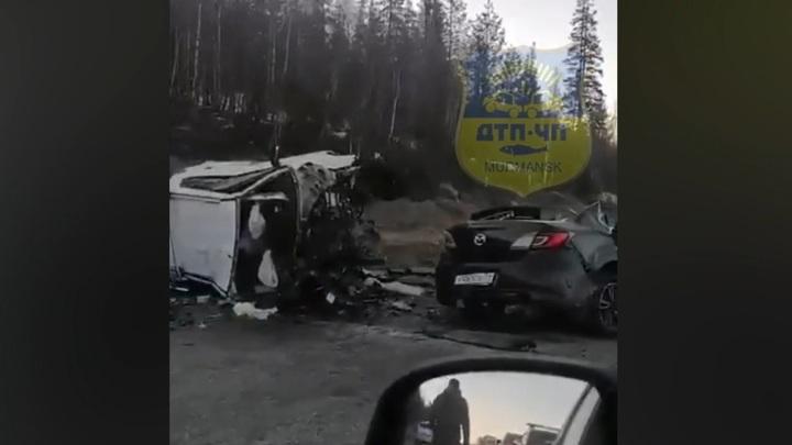 Три человека погибли в аварии на трассе под Мурманском