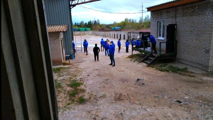 Неизвестные захватили стекольный завод во Владимирской области