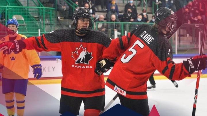Сборная Канады стала первым финалистом юниорского чемпионата мира