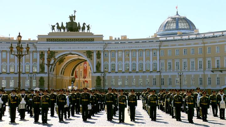 В Петербурге прошёл парад Победы