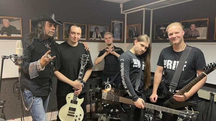 Дмитрий Добрынин и группа Exile D.C. В