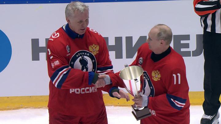 Юбилей Ночной хоккейной лиги: Путин – самый результативный игрок