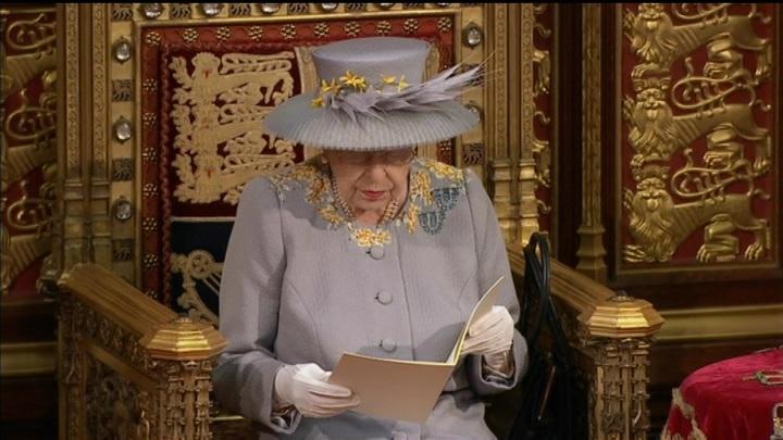 Усиливать мощь Великобритании: Елизавета II выступила с тронной речью
