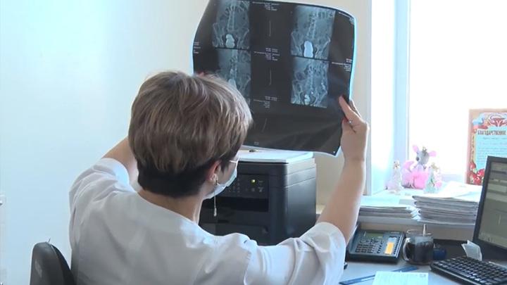 Орлов поддержал увеличение выплат медикам за ранее выявление онкологии