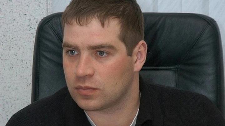 В Новосибирске суд арестовал подозреваемого в убийстве экс-депутата горсовета