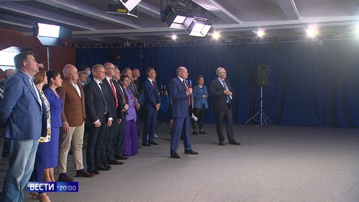 Путин поблагодарил ВГТРК за любовь к своему делу