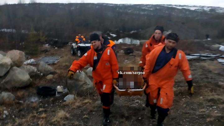 Мурманские спасатели нашли тело рыбака у горы Еловой