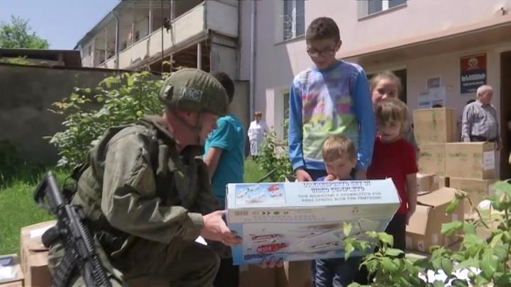Миротворцы России доставили гумпомощь жителям удаленных районов Карабаха