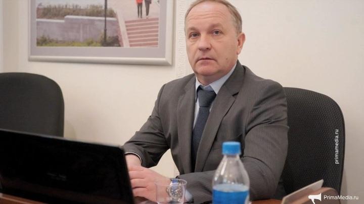 У ушедшего в отставку экс-мэра Владивостока Гуменюка проводят обыски