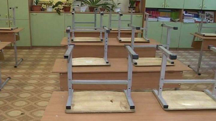 Все школы Кубани будут охранять казаки