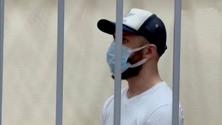 Угощал газировкой и грабил: серийного отравителя отправили в тюрьму